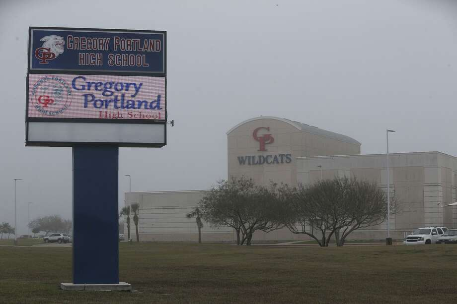 Evacuations underway in San Patricio County, including communities in the Portland, Gregory, and Ingleside areasPhoto: The Gregory-Portland High School on Wildcat Drive. Photo: John Davenport /San Antonio Express-News / ©San Antonio Express-News/John Davenport