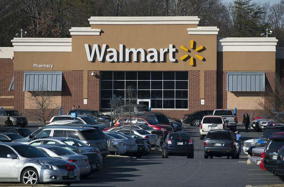 Brick-and-mortar Walmarts also did well, but online sales were particularly strong. Photo: SAUL LOEB, AFP/Getty Images