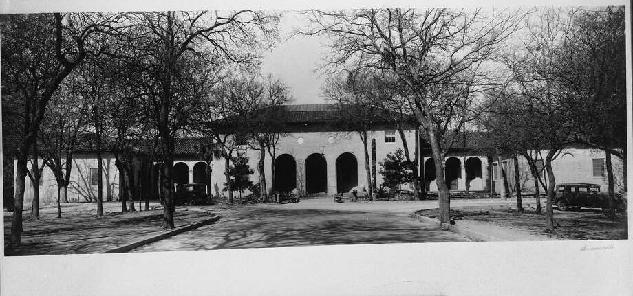 Sana Antonio's first museum, the Witte Museum, opened in 1926. Note the arches, which are echoed in the new Witte facade and in the Quillen arch inside. Photo: Courtesy Witte Museum
