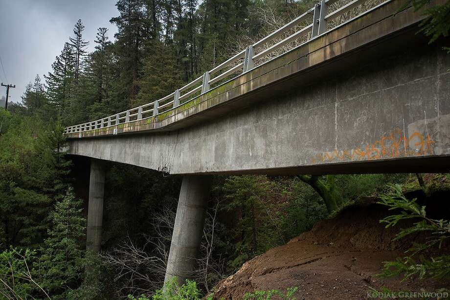 Caltrans has declared the cracked Pfeiffer Canyon Bridge in Big Sur beyond repair. Photo: Kodiak Greenwood