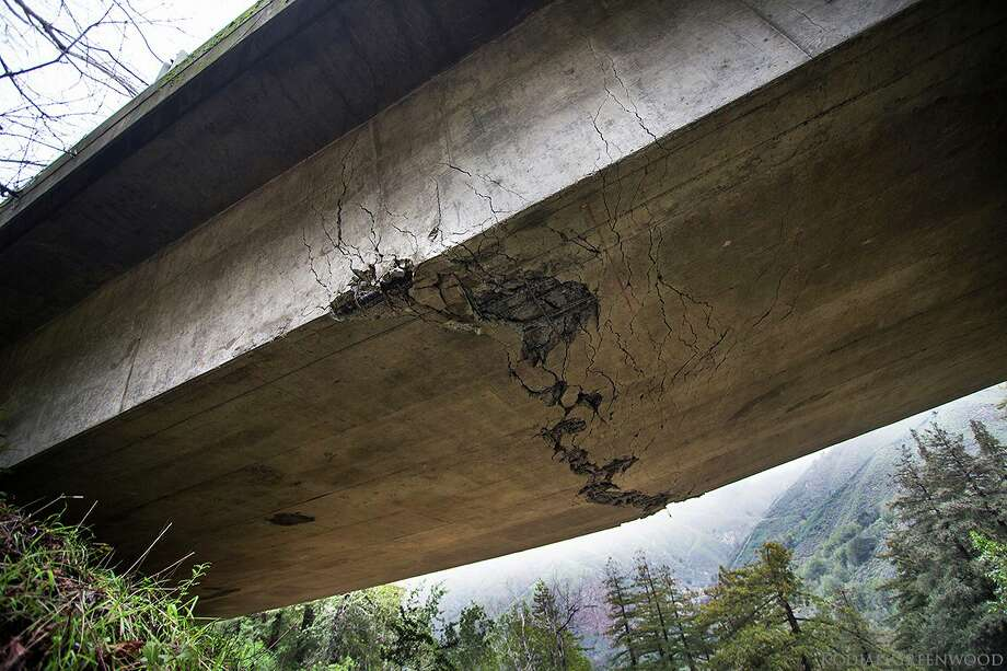 Caltrans has declared the cracked Pfeiffer Canyon Bridge in Big Sur beyond repair. (Photo: Kodiak Greenwood)