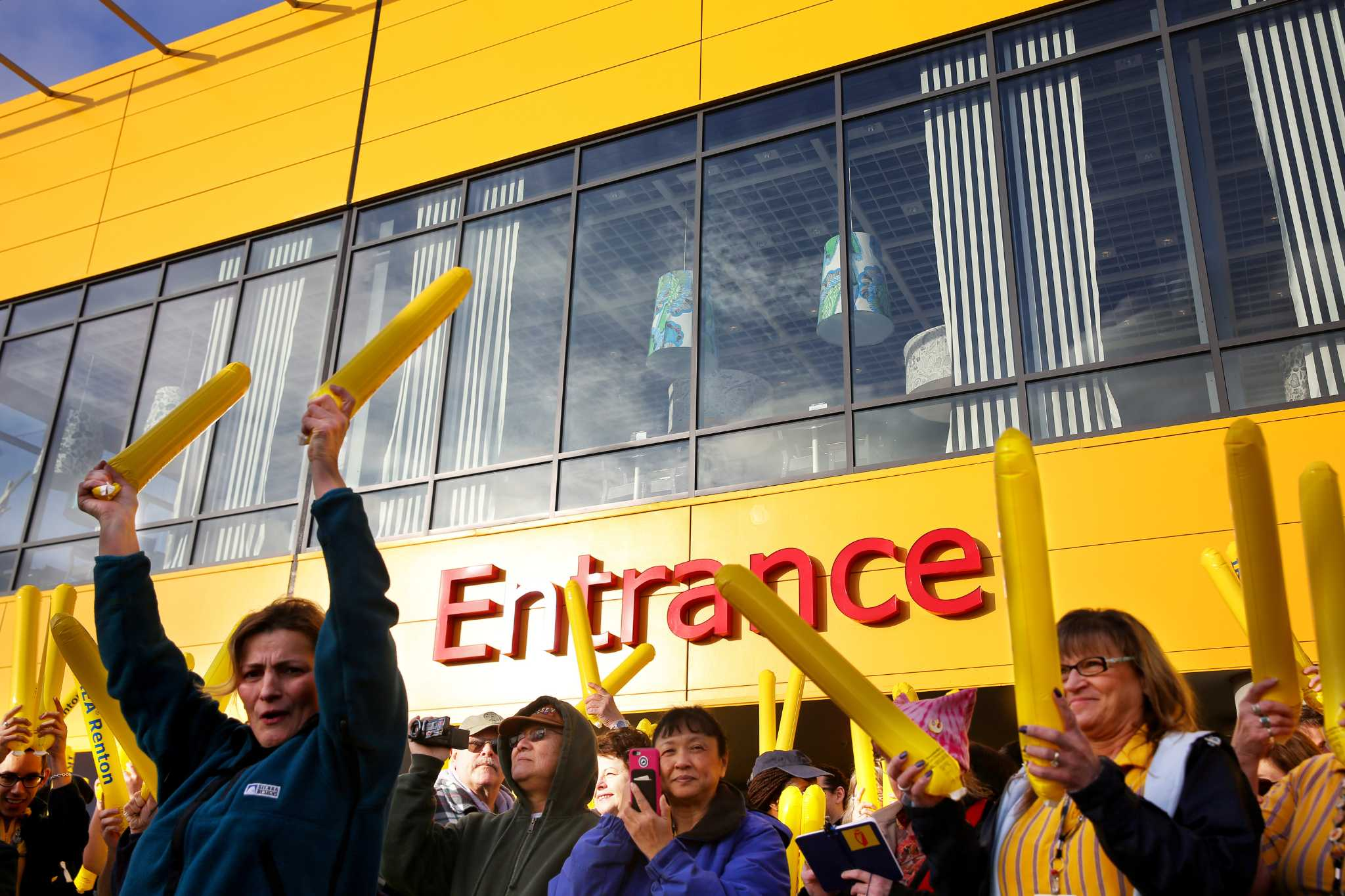 New ikea store opens in renton for Ikea renton washington
