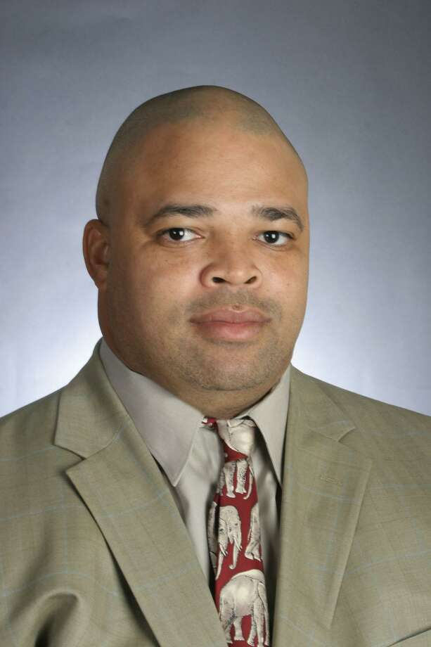 Bo Davis, who will coach the defensive line, was fired at Alabama for alleged recruit ing violations. Photo: Kent Gidley / Kent Gidley /UA / U of A Athletics