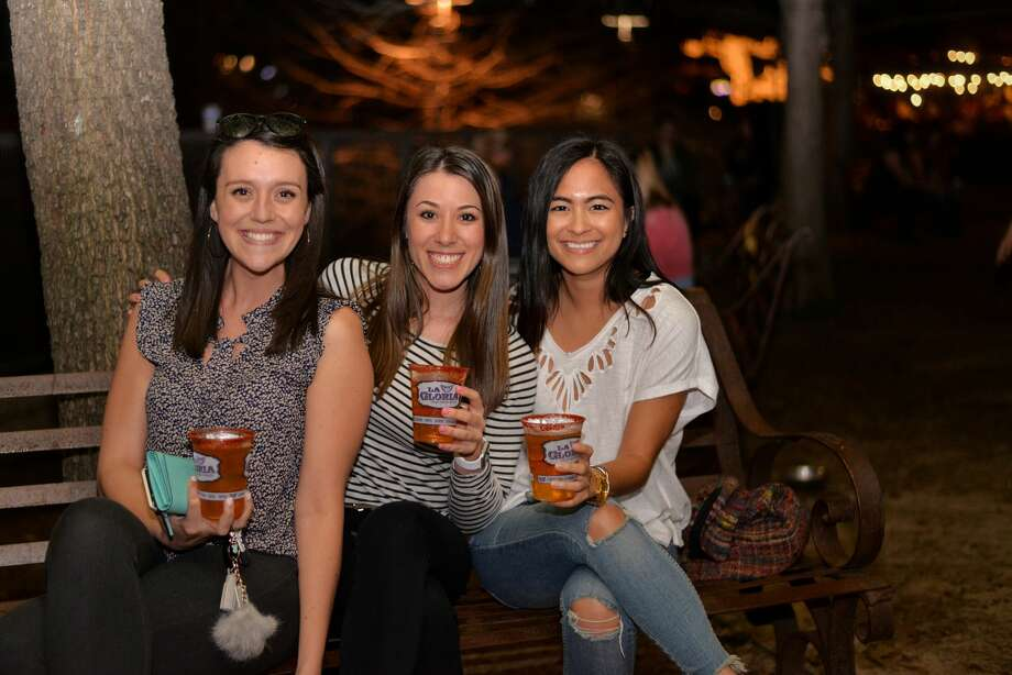 San Antonians enjoying margaritas at Viva Tacoland. Keep clicking to find out where to sip on the best margaritas in the city. Photo: Kody Melton