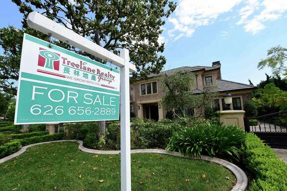 According to the latest data from Freddie Mac, the 30-year fixed-rate average inched up to 4.16 percent. It was 4.15 percent a week ago and 3.62 percent a year ago. The 15-year fixed-rate average rose to 3.37 percent, up from 3.35 percent a week ago and 2.93 percent a year ago.