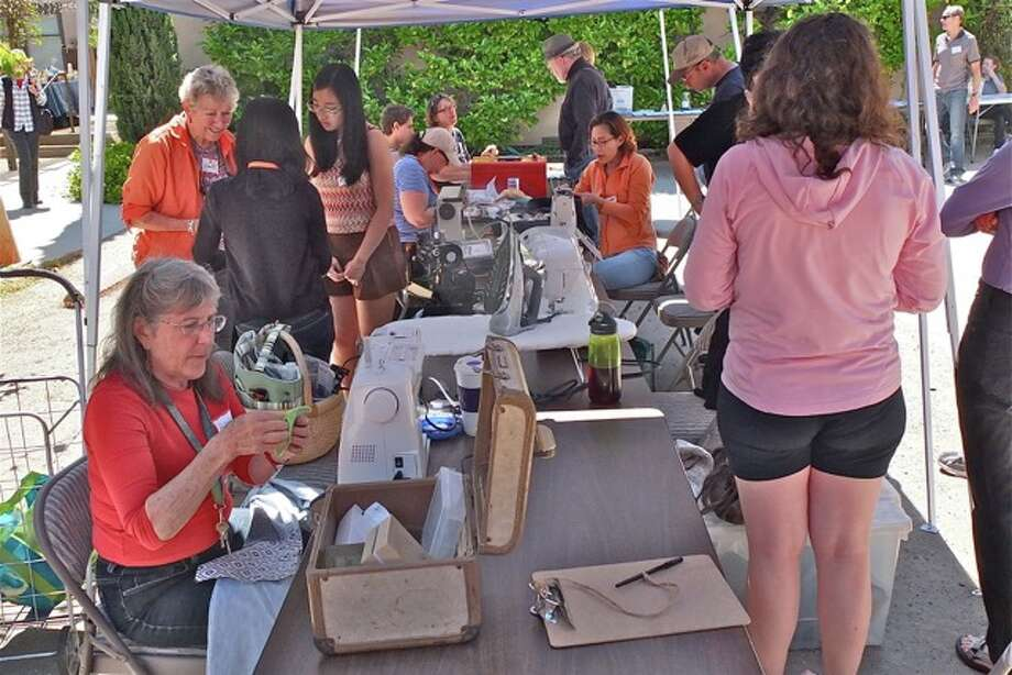 Don't toss that broken toaster! Palo Alto's Repair Café aims to combat throwaway culture