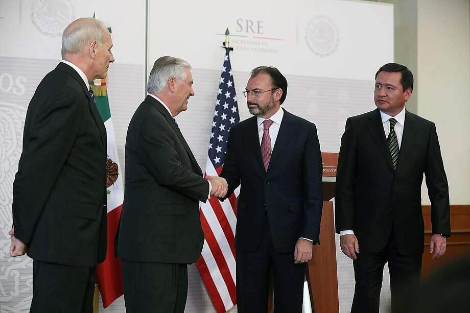 U.S. Homeland Security Secretary John Kelly (left) and Secretary of State Rex Tillerson meet with Mexico's Minister of Foreign Affairs Luis Videgaray and Minister of Internal Affairs Angel Osorio Chong. Photo: Susana Gonzalez, Bloomberg