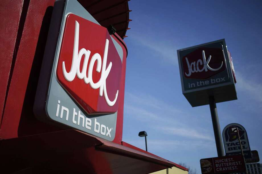 Jack in the Box Inc. saw sales abruptly turn negative this month, and the slowdown may be partly due to delayed income tax refunds, CEO Lenny Comma said. Photo: Luke Sharrett /Bloomberg News / © 2017 Bloomberg Finance LP