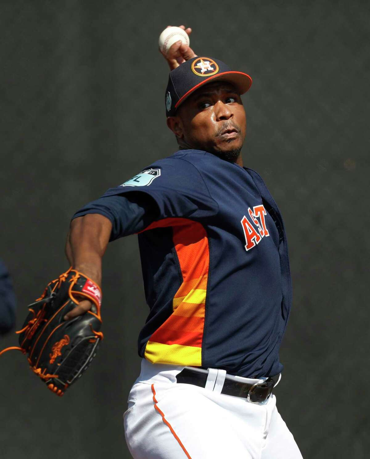 As the Astros' primary lefty reliever, Tony Sipp saw his ERA go from 1.99 in 2015 to 4.95 last year.
