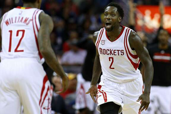 NEW ORLEANS, LA - FEBRUARY 23:  Patrick Beverley #2 of the Houston Rockets celebrates after scoring during the first half of a game against the New Orleans Pelicans at the Smoothie King Center on February 23, 2017 in New Orleans, Louisiana. NOTE TO USER: User expressly acknowledges and agrees that, by downloading and or using this photograph, User is consenting to the terms and conditions of the Getty Images License Agreement.  (Photo by Jonathan Bachman/Getty Images)
