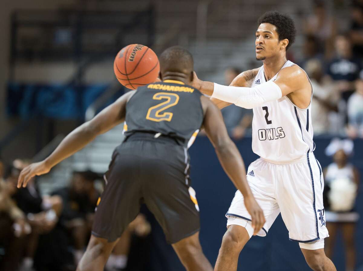 Marcus Evans (2) of the Rice Owls passes the ball against the Southern Miss Golden Eagles in a college basketball game on Thursday, February 23, 2017 at Tudor Fieldhouse on Rice Campus.