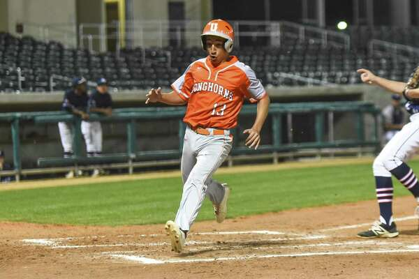 United's Alan Villarreal scored the game's first run on a wild pitch.
