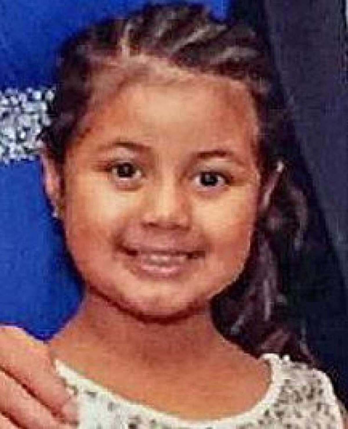 Police have issued an Amber Alert for a missing 6-year-old Bridgeport girl, Aylin Sofia Hernandez, who could be in the Bronx with her father, a suspect wanted for a double stabbing. (Connecticut State Police)