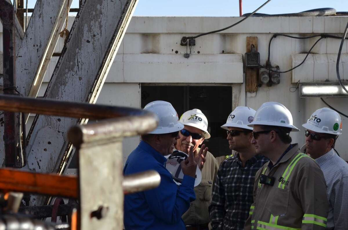 Sen. Ted Cruz visits a hydraulic fracturing operation & oil drilling site in Midland.
