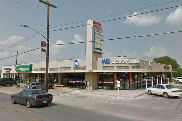 GrayStreet Partners has sold the Olmos Park Village shopping center to a partnership linked to Ironwood Real Estate of Austin.