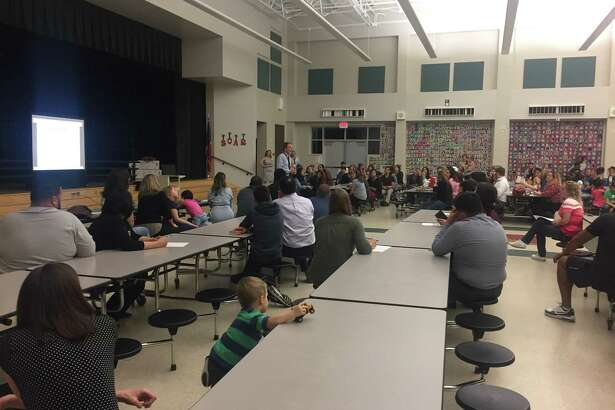 Dr. Brian Peters talks to parents that live in the Flex Zone on what to expect from Elementary 28.