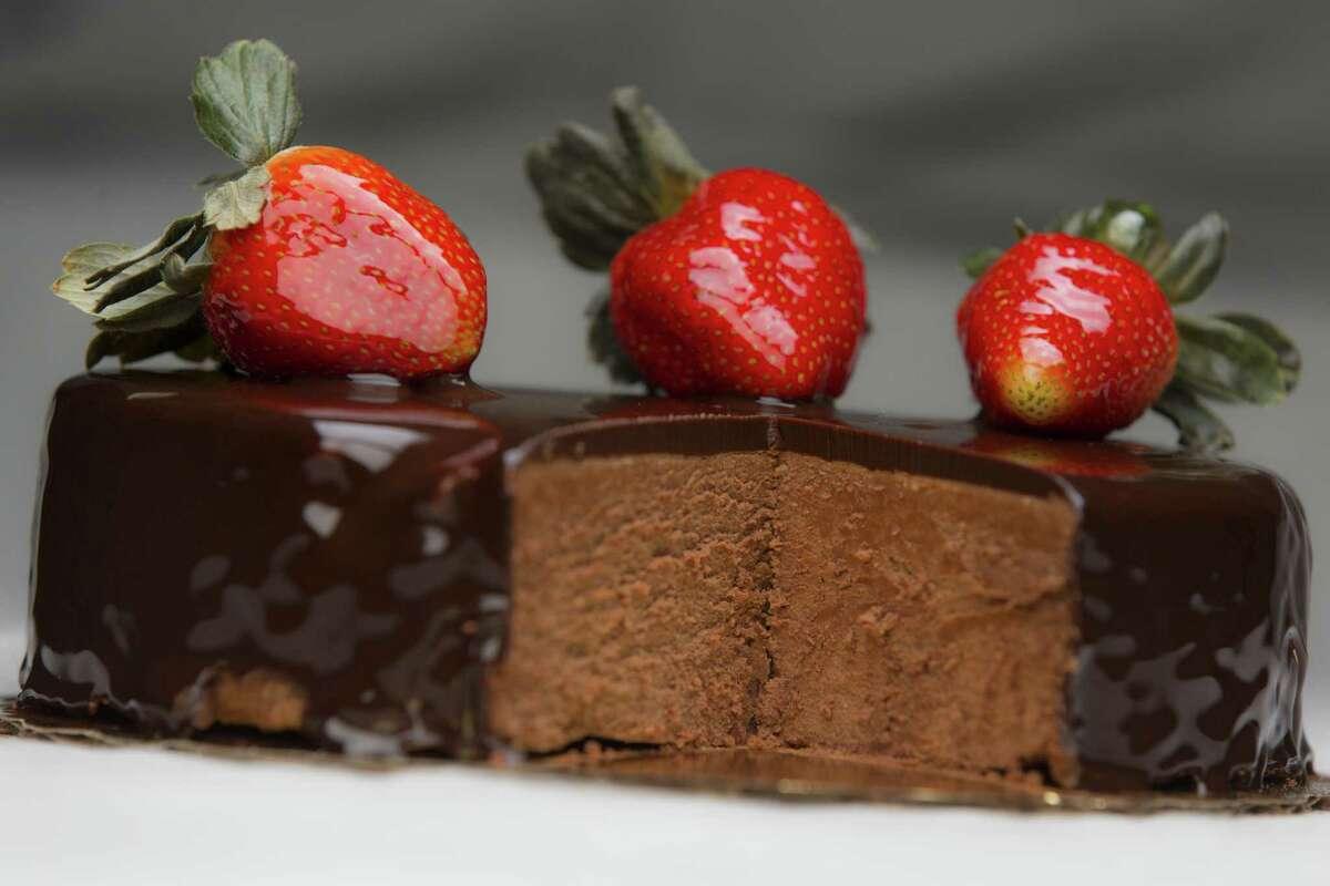 Tres chocolates cake at La Panadería