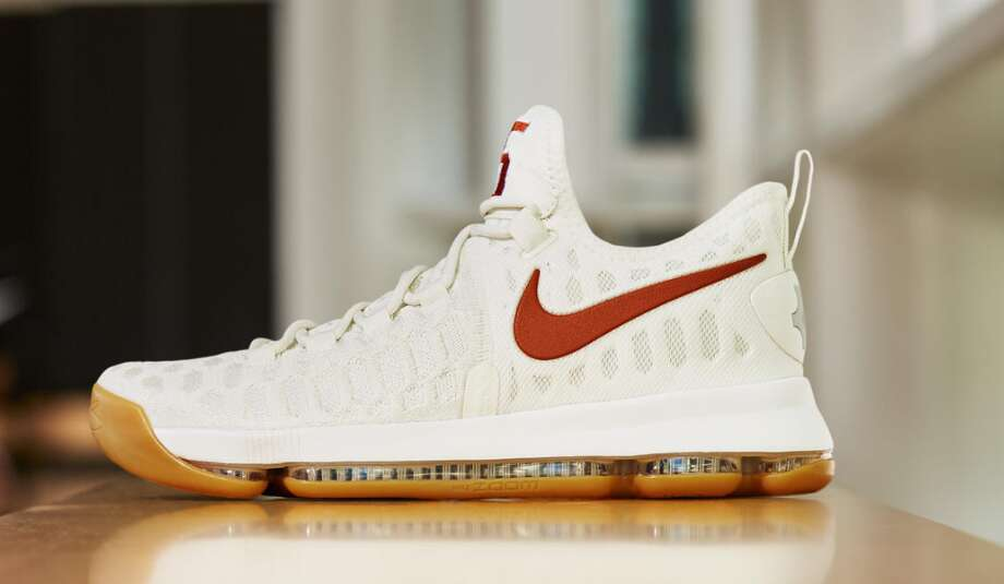 promo code 5a653 6ee85 Debuting on the University of Texas men s basketball team on Feb. 25, the  KD9
