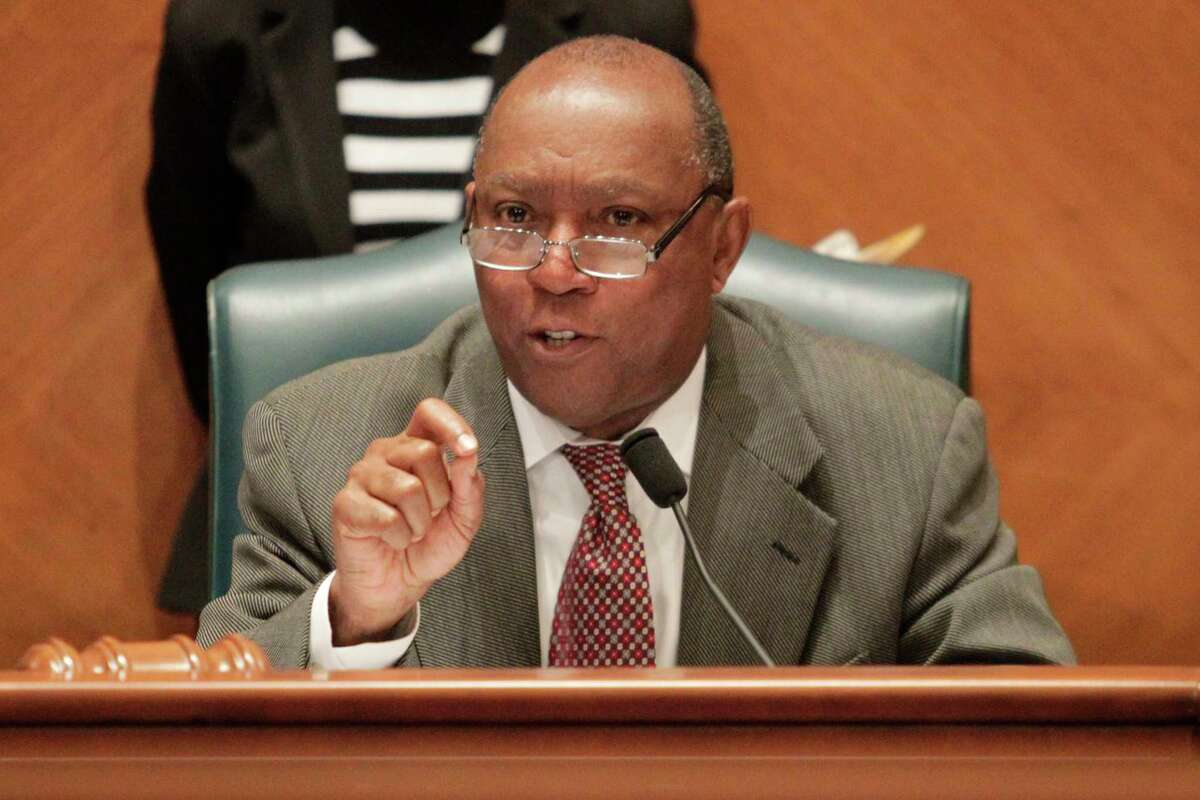 Houston Mayor Sylvester Turner addresses concerned residents about the White Oak Music Hall agreement during a city council session on Wednesday, Jan. 4, 2017, in Houston. ( J. Patric Schneider / For the Chronicle )