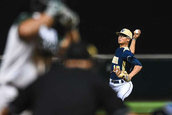 Pitcher Marcelo Perez and the Alexander baseball team were 3-1 on Friday during the Border Olympics.