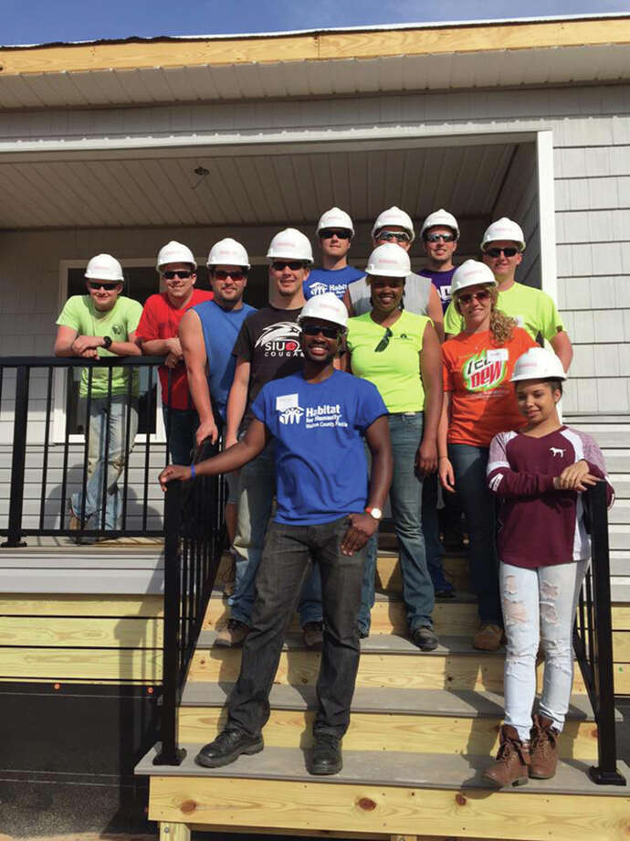 SIUE's Constructors Club on site at their Habitat for Humanity project in Florida during 2016. Photo: For The Intelligencer
