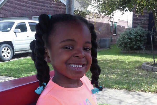 De'Maree Adkins, 8-year old, was shot to death after car crash. Adkins and her mom, Latoyia Thomas were driving near the intersection of the Sam Houston Parkway feeder and Fuqua Street, when a speeding car hit their vehicle. The driver from the other vehicle jumped into another car and then started to shooting at Thomas' vehicle.