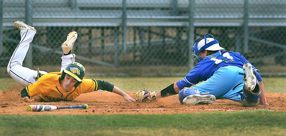 Laredo Community College's Ricardo Villarreal logged a hit and an RBI, but the Palominos fell 7-4 to San Jacinto on Saturday, which completed a three-game sweep for the Ravens. Photo: Cuate Santos /Laredo Morning Times File / Laredo Morning Times