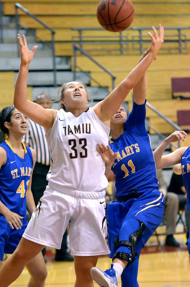 TAMIU's Hannah Beede and the Dustdevils, despite a loss, clinched a spot in the Heartland Conference tournament. Photo: Cuate Santos /Laredo Morning Times File / Laredo Morning Times