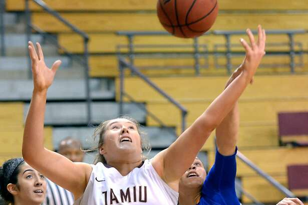 TAMIU's Hannah Beede and the Dustdevils, despite a loss, clinched a spot in the Heartland Conference tournament.