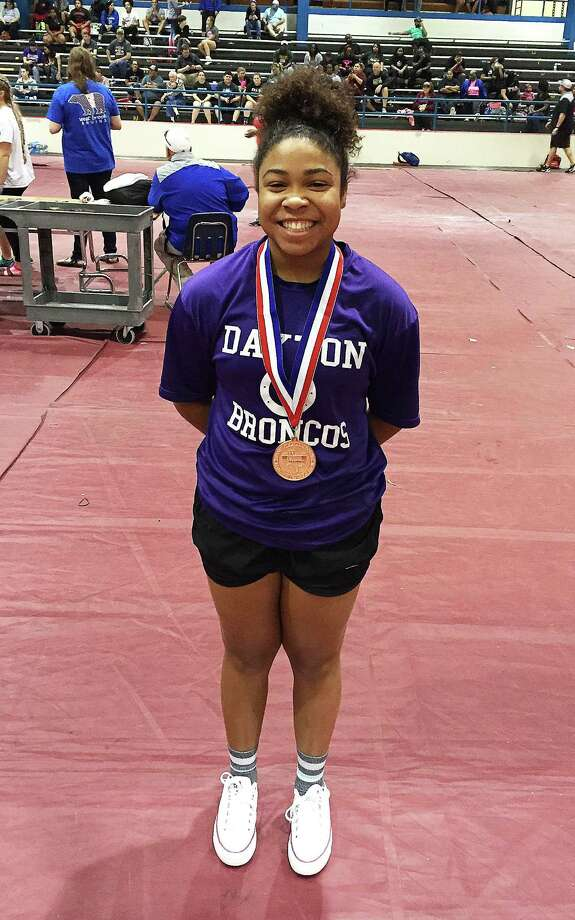 Sydney Brown placed fifth out of 12 girls in the region at a powerlifting meet on Thursday. Photo: Submitted