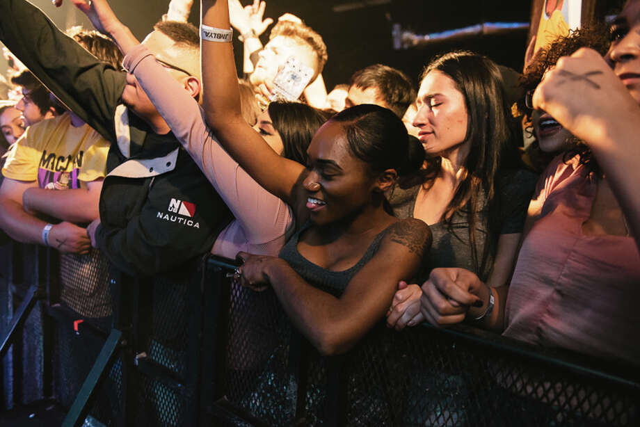 Alamo City Music Hall hosted Isaiah Rashad for a sold-out show as part of the rapper's Lil Sunny Tour Saturday, Feb. 26, 2017. Photo: By Chavis Barron, For MySA
