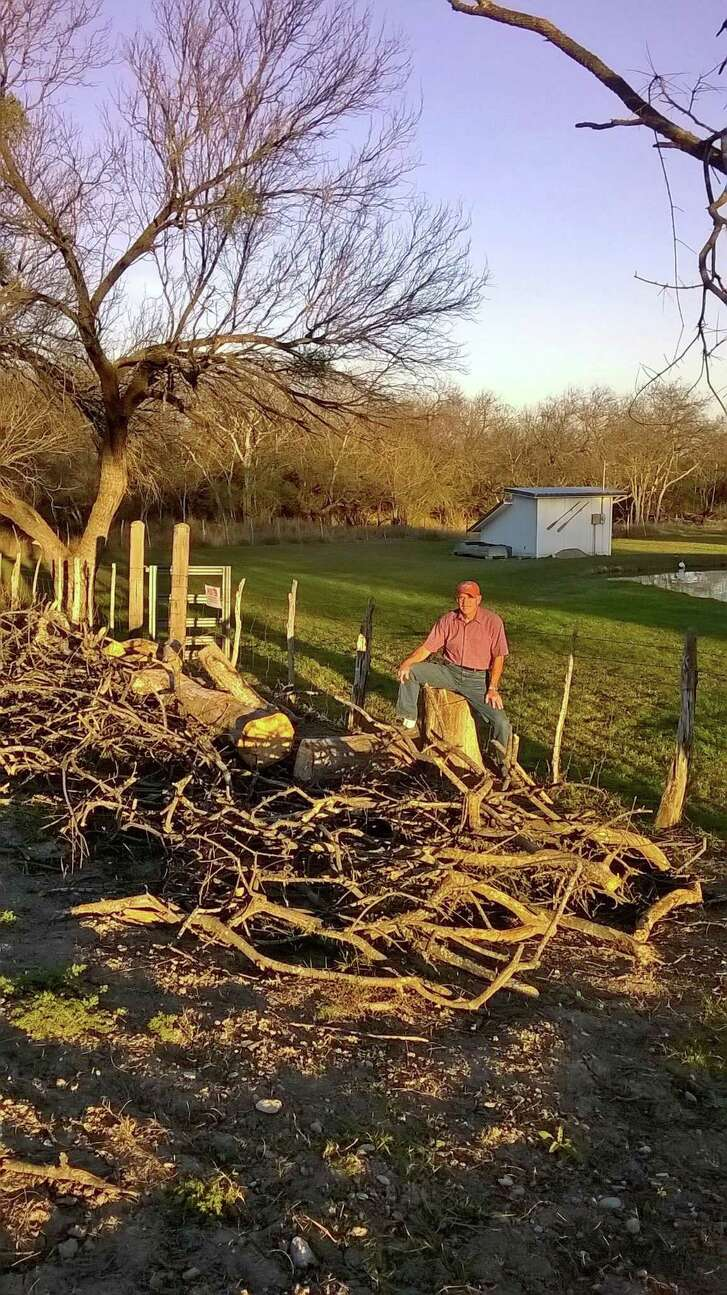 Maverick County landowner Jeff Taylor believes that coal dust blown in from the nearby Dos Republicas coal mine coated a canal near his house with debris, causing a shutdown. Taylor also blames mine pollution for the deaths of multiple trees on his property.