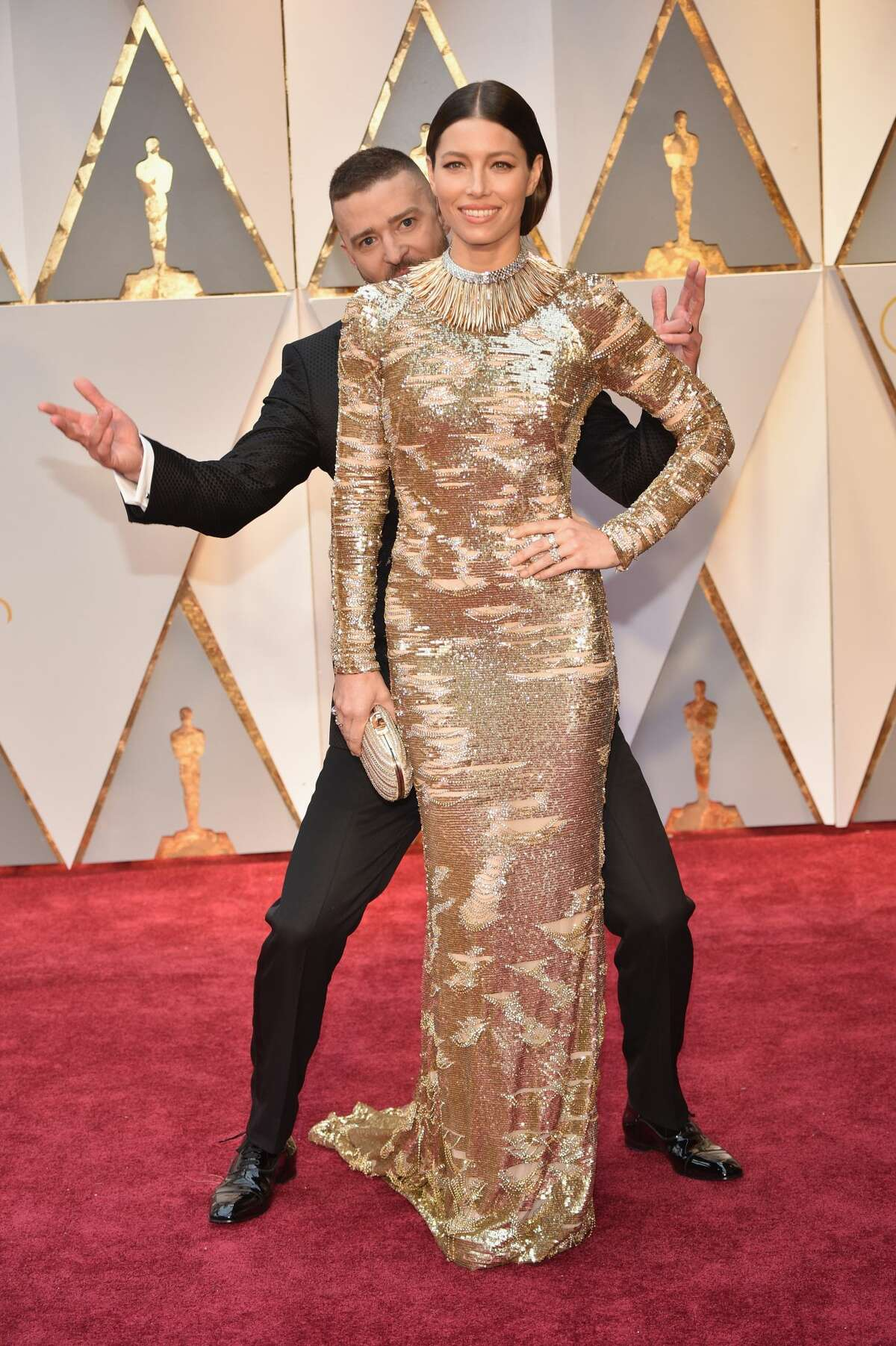 Singer Justin Timberlake and actor Jessica Biel attend the 89th Annual Academy Awards on February 26, 2017. Keep clicking to see the cutest couples and duos at the 89th Academy Awards as well as some throwback red carpet moments.