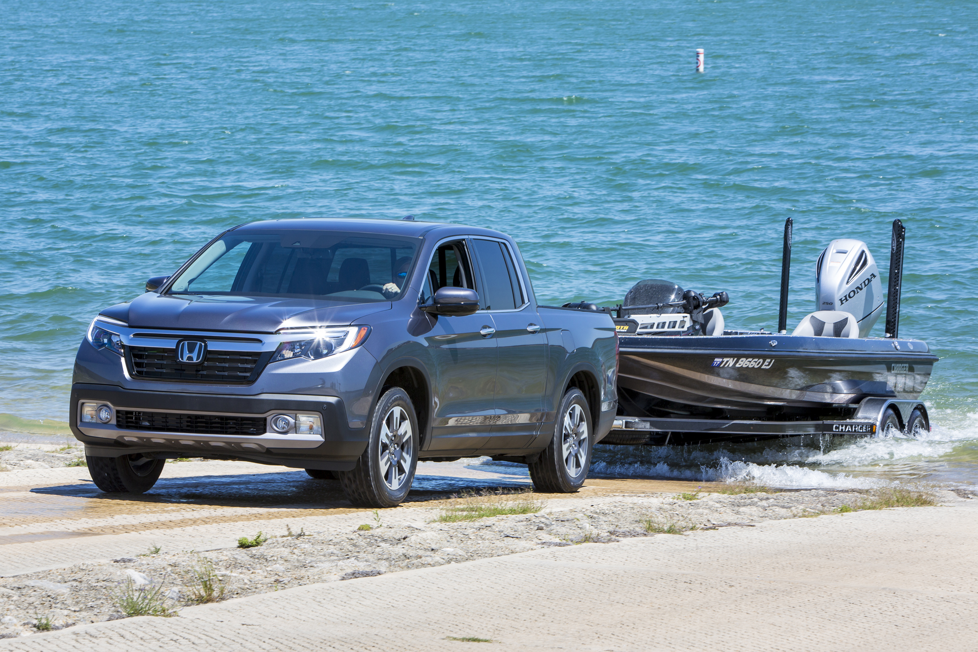 Back for 2017, Honda Ridgeline earns top safety ratings