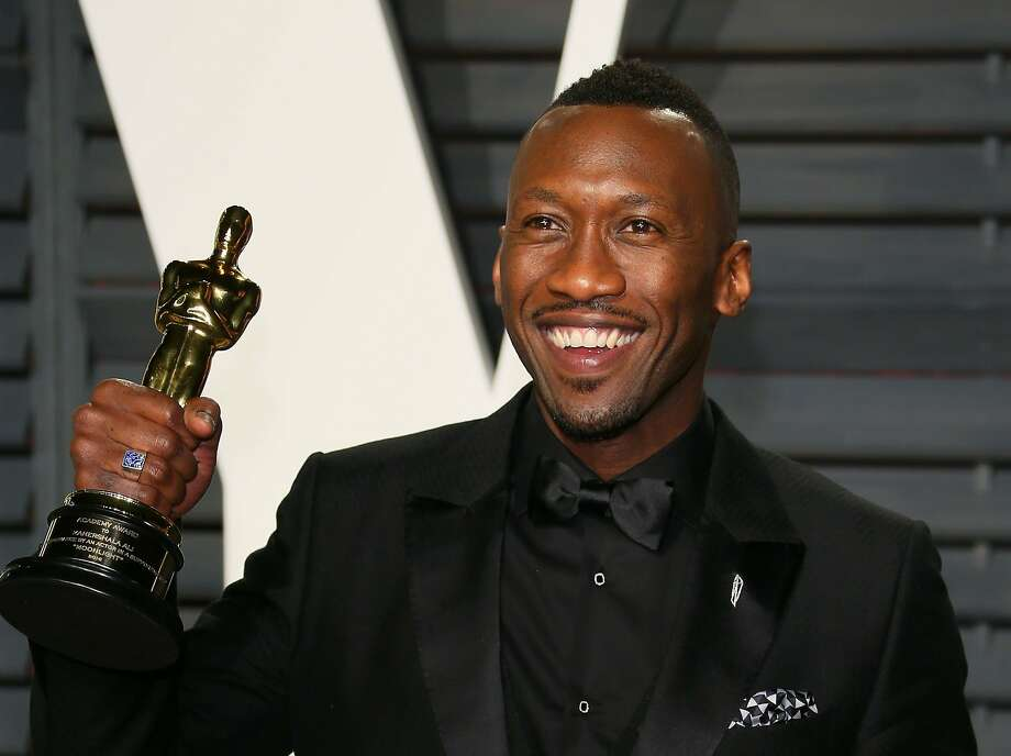 US actor Mahershala Ali, winner of the Best Supporting Actor award for 'Moonlight', poses with his Oscar as he arrives to the Vanity Fair Party following the 88th Academy Awards at The Wallis Annenberg Center for the Performing Arts in Beverly Hills, California, on February 26, 2017.  / AFP PHOTO / JEAN-BAPTISTE LACROIXJEAN-BAPTISTE LACROIX/AFP/Getty Images Photo: JEAN-BAPTISTE LACROIX, AFP/Getty Images