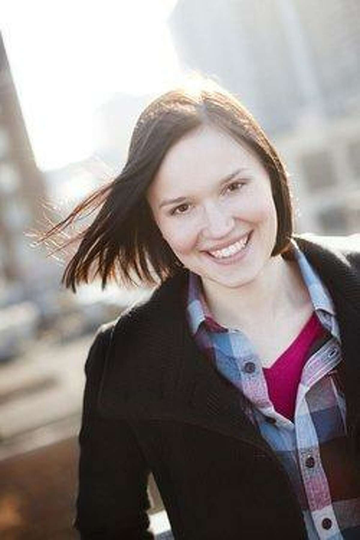 YA author Veronica Roth is the best-selling author of the 'Divergent' trilogy.
