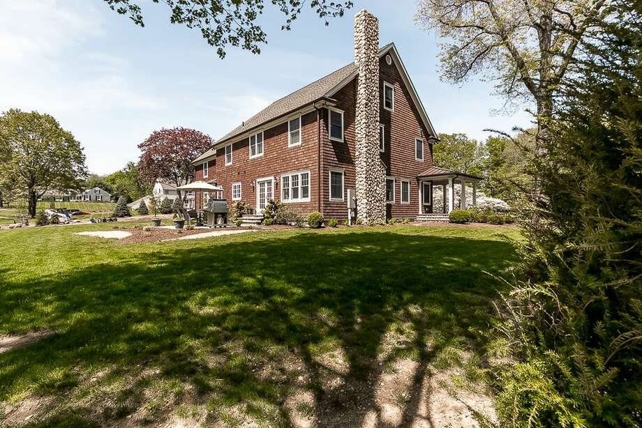 79 Sturges Ridge Rd, Wilton, CT 06897 National Council for Home Safety and Security safety rank: 1 4 beds 3 baths 3,760 sqft  Price: $1,499,000  View full listing on Zillow Photo: Zillow