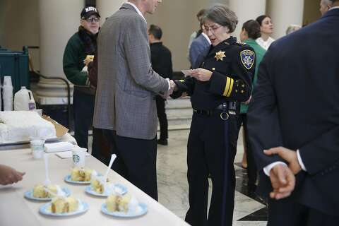New Oakland police chief sworn in, promising to make city safe
