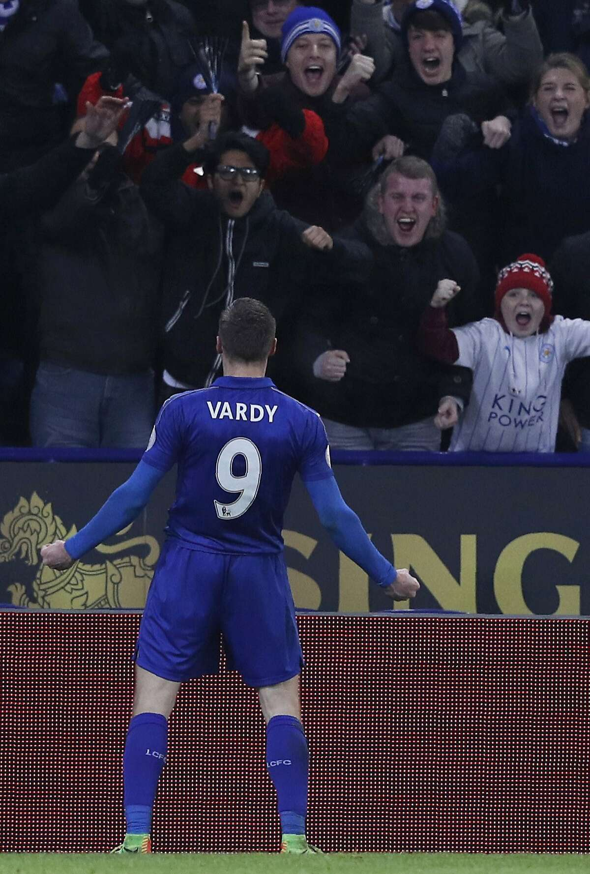 Leicester City's English striker Jamie Vardy celebrates scoring his team's third goal during the English Premier League football match between Leicester City and Liverpool at King Power Stadium in Leicester, central England on February 27, 2017. / AFP PHOTO / ADRIAN DENNIS / RESTRICTED TO EDITORIAL USE. No use with unauthorized audio, video, data, fixture lists, club/league logos or 'live' services. Online in-match use limited to 75 images, no video emulation. No use in betting, games or single club/league/player publications. / ADRIAN DENNIS/AFP/Getty Images