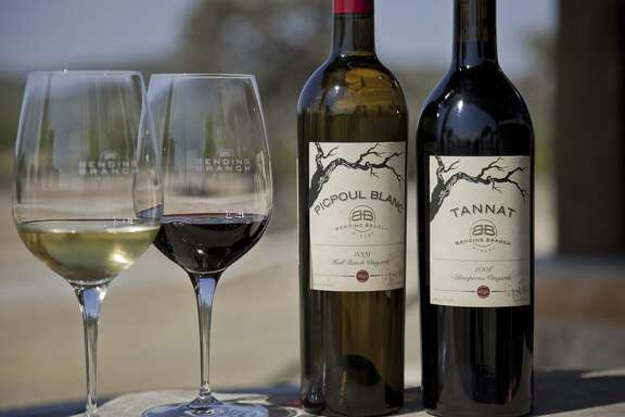 Picpoul blanc and tannat wines from Bending Branch Winery