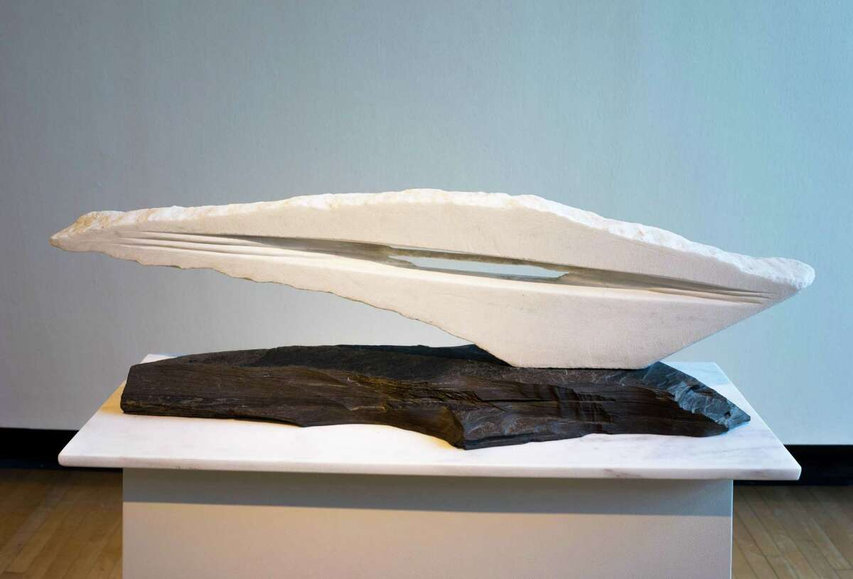 Caroline Ramersdorfer, In Line (marble, slate) 2004