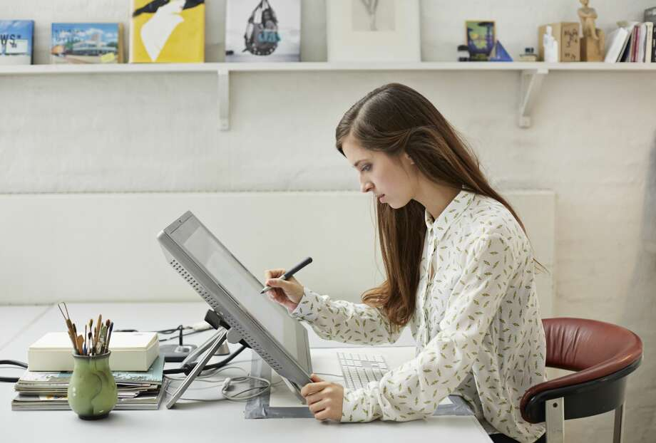 a focus on the career of a graphic designer Ideal candidates will have or be working towards a ba or bfa in graphic design or a related field, have strong design and communication skills, plus have an interest in software and computer technology.
