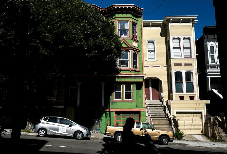San Francisco's rent has been once again been named the highest in the country.Click through the slideshow to see the other most expensive US cities to rent in. Photo: Santiago Mejia, The Chronicle