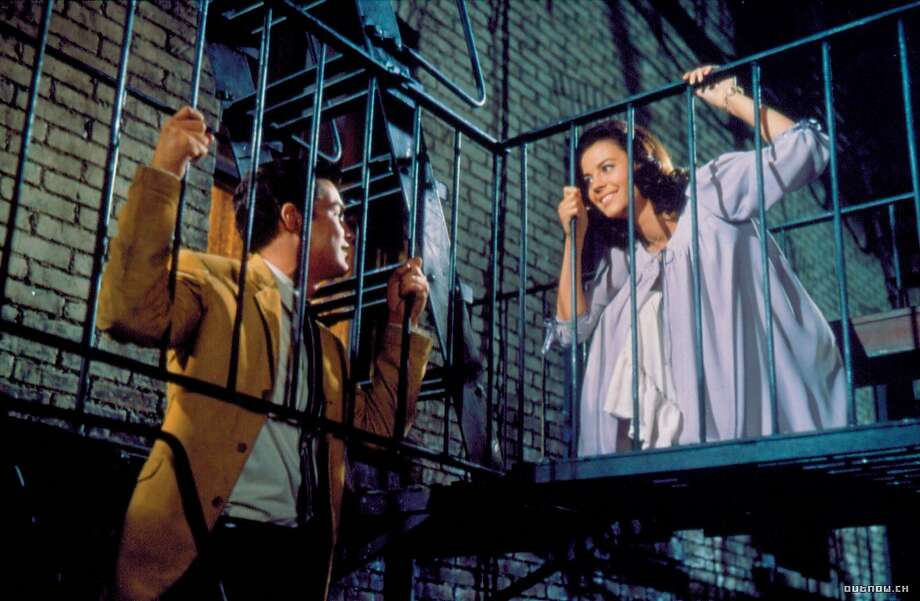 """Richard Beymer and Natalie Wood as Tony and Maria in """"West Side Story."""" Photo: United Artists 1961"""