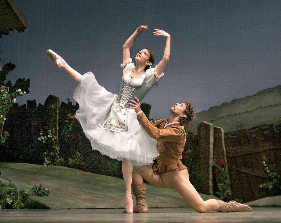 "Lorena Feijoo and Yuri Possokhov dance ""Giselle"" at S.F. Ballet in 2002. Photo: Chris Hardy, SFC"