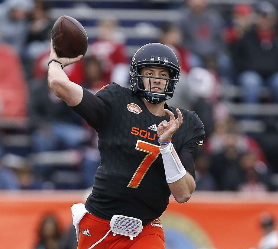 California quarterback Davis Webb Photo: Don Juan Moore / Getty Images / 2017 Don Juan Moore