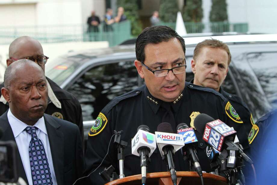 "Police Chief Art Acevedo praised the wounded officers as brave: ""They run toward danger."" Photo: Steve Gonzales, Staff / © 2017 Houston Chronicle"