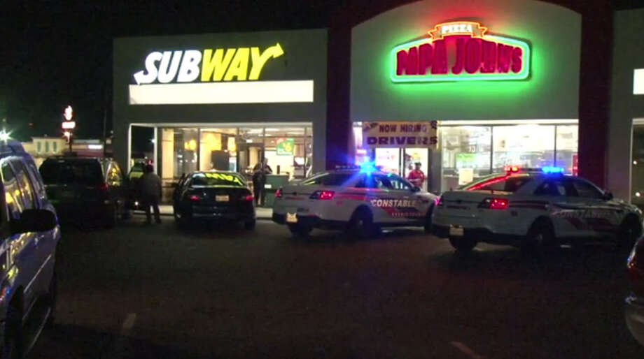 Witnesses said an armed man robbed a north Houston Subway restaurant at FM 1960 and Aldine Westfield about 10 p.m. Tuesday, Feb. 28, 2017. (Metro Video) Photo: Metro Video