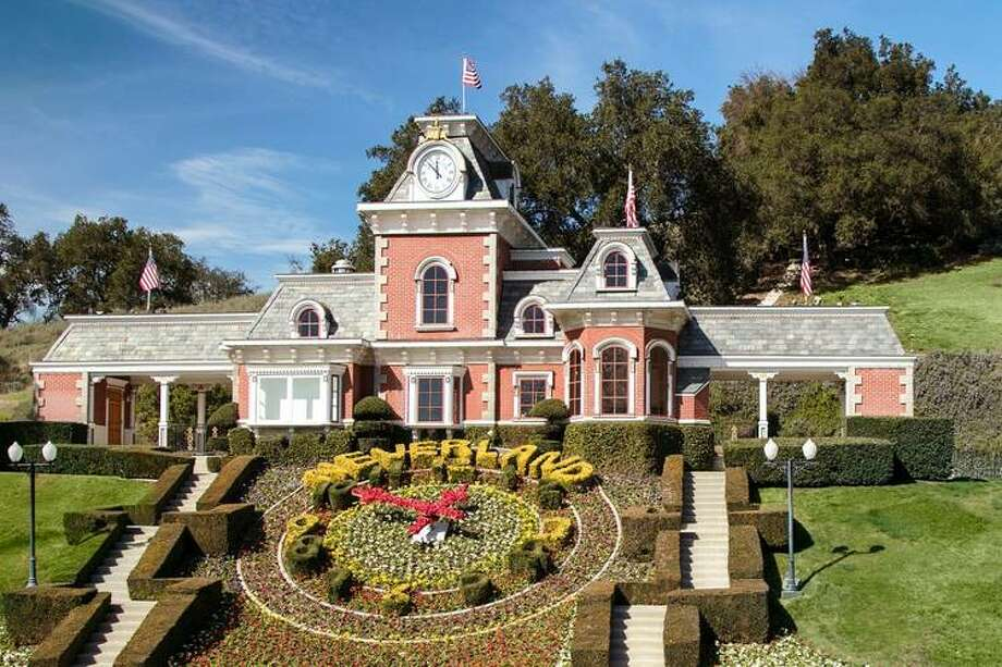 Michael jackson s onetime neverland ranch gets 33 for Michael jackson house for sale