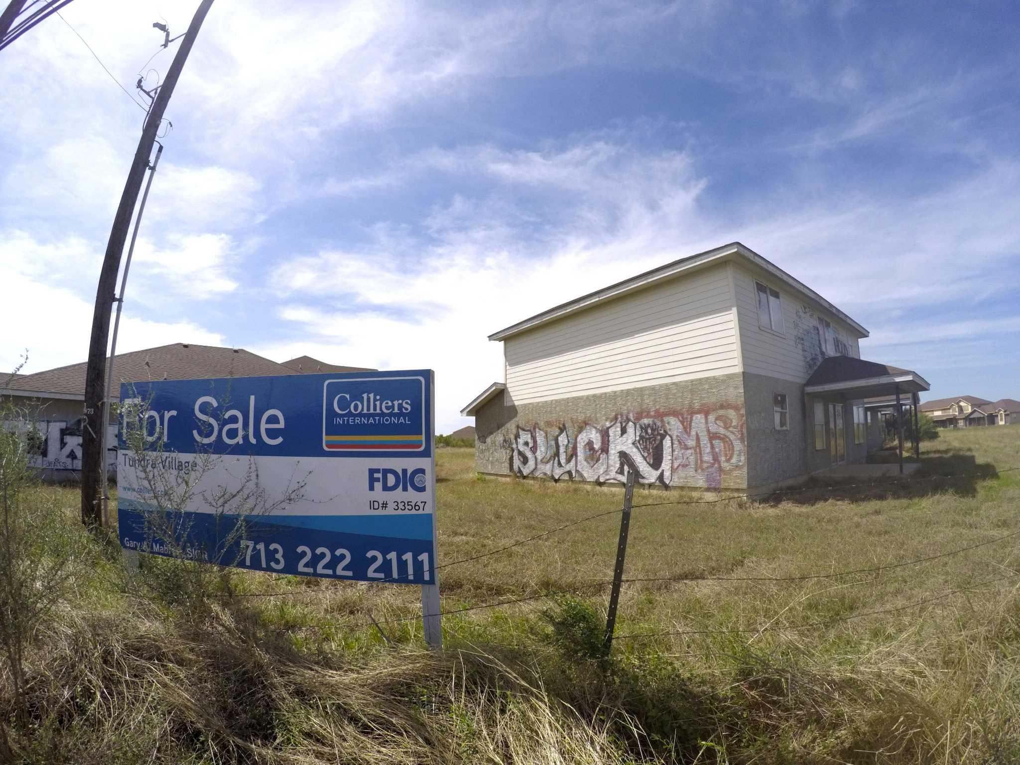 Fdic Sells Tundra Village Buildings To Dallas Developer